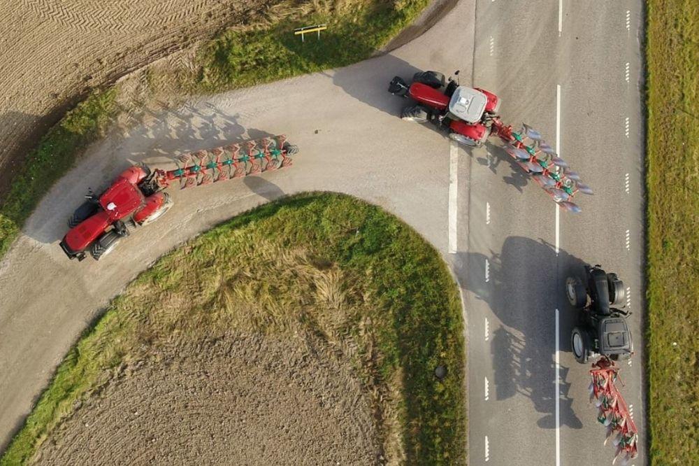 Kverneland wint bronzen sikkel met verkeersveilige wentelploeg op ATH Digitaal