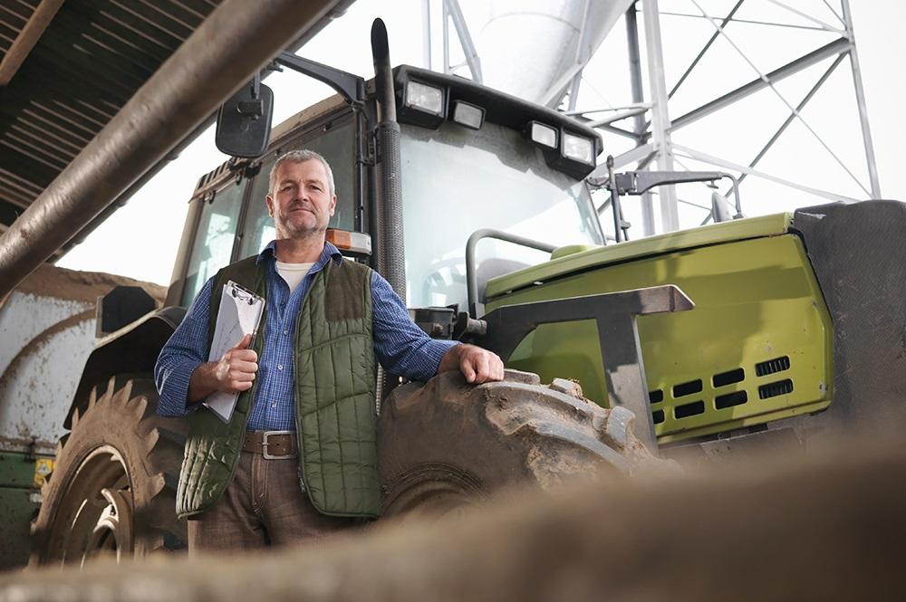 Kentekenplicht voor landbouwvoertuigen is een feit!